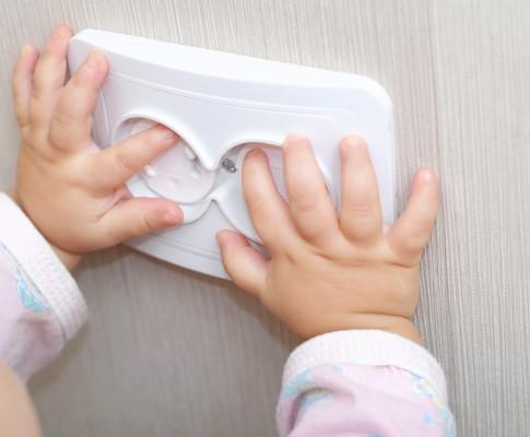 Jak zabezpieczyć schody przed dzieckiem