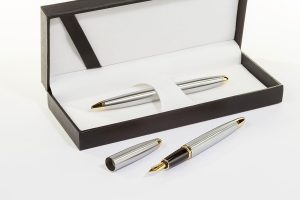 Fountain pen inside box