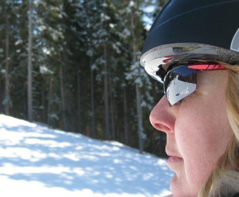 Jakie kremy do twarzy stosować zimą?